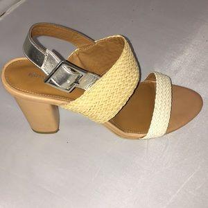 Arturo Chiang Woven Sandals Chunky Heel
